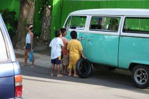 kids-on-street-792160-m